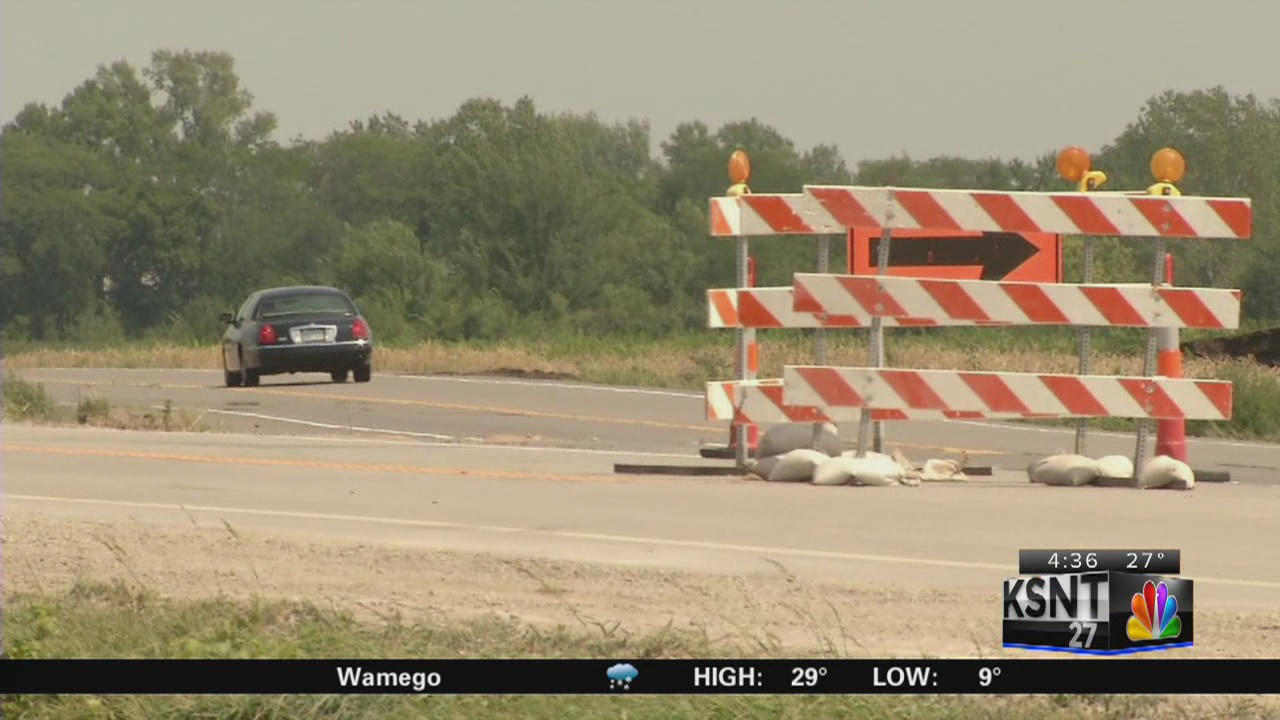 House committee restores highway funds transfer
