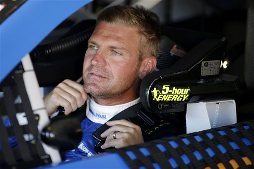 Clint Bowyer_143623