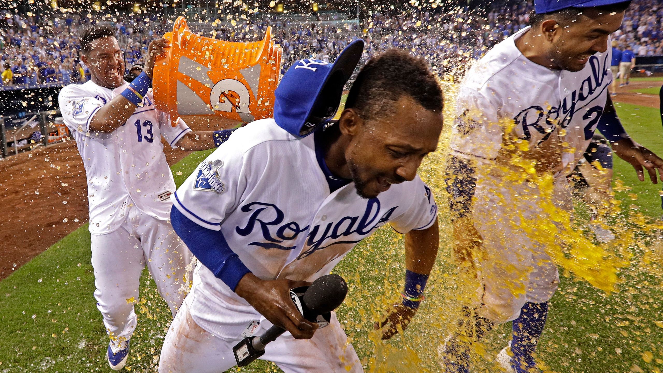 Jarrod Dyson, Christian Colon, Salvador Perez_204807