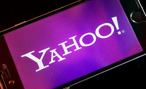 Yahoo Tweet Typo_235712