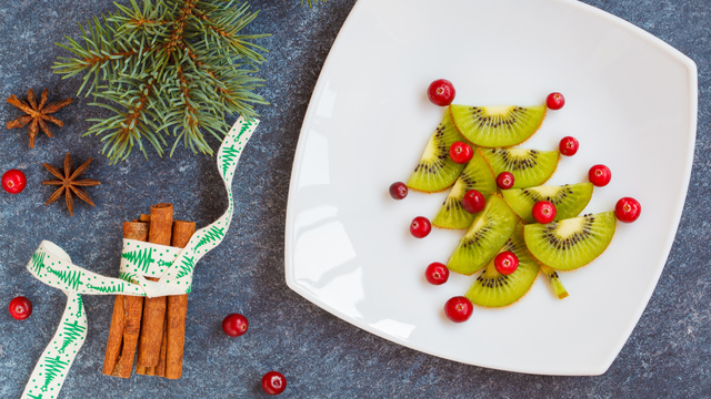 healthy-christmas-holiday-meal_1512687951187_321852_ver1-0_30005448_ver1-0_640_360_369132