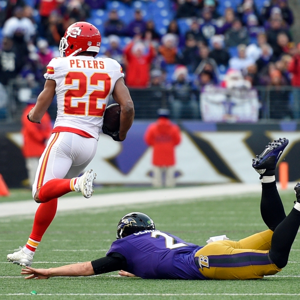 Marcus Peters, Jimmy Clausen_167681
