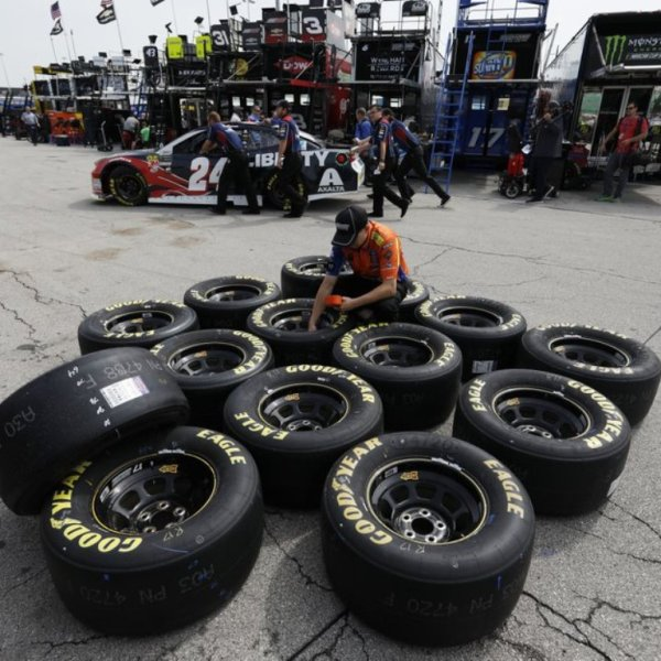 kansas speedway tires_1526060615449.jpeg.jpg
