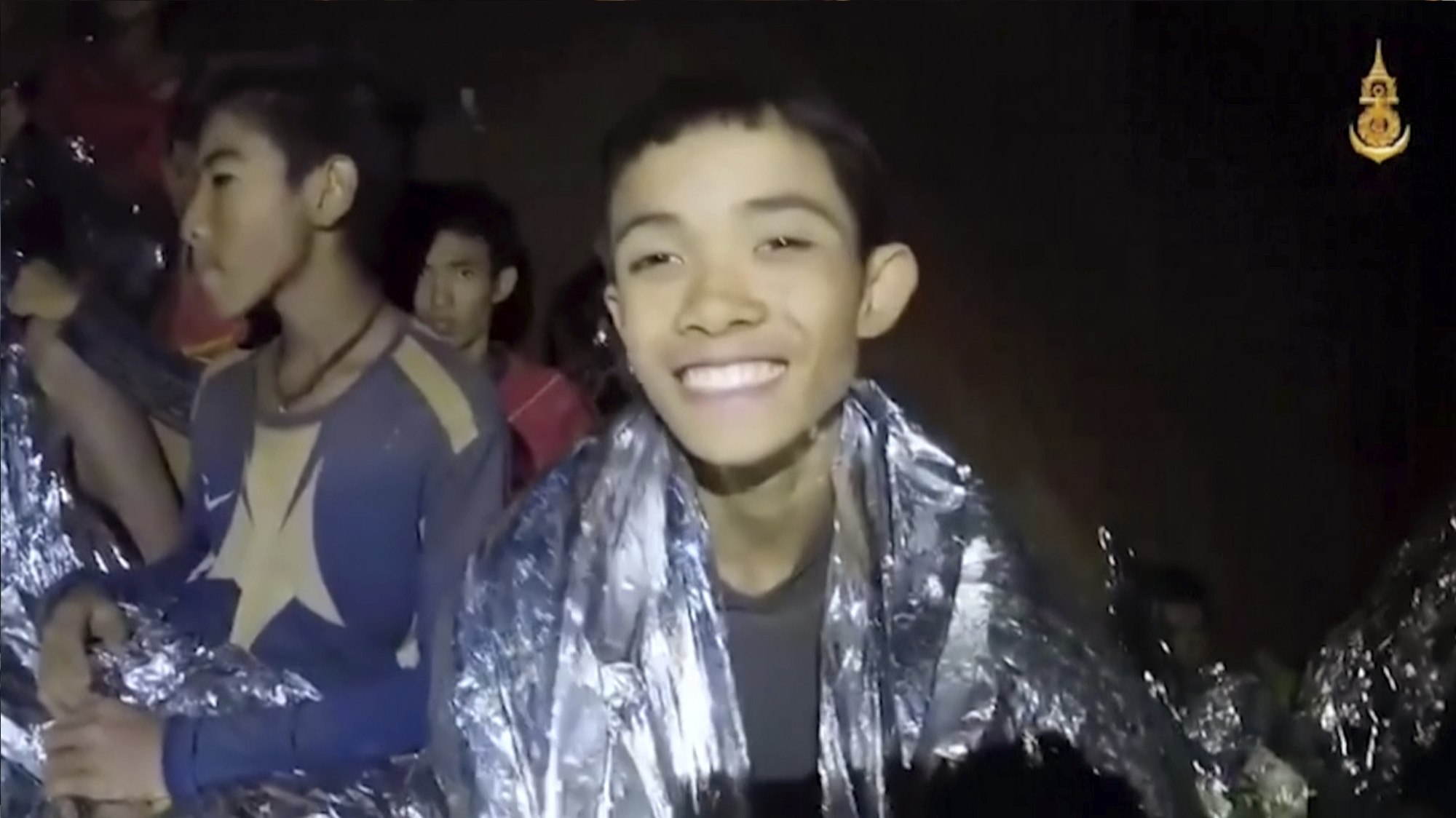 Warm In Blankets Thai Boys Smile Joke With Rescuer In Cave