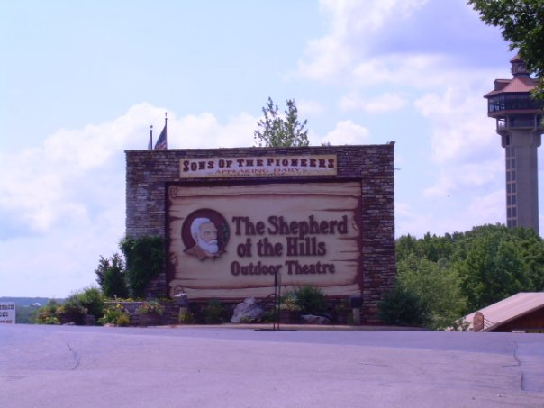 shepard-of-the-hills_305167