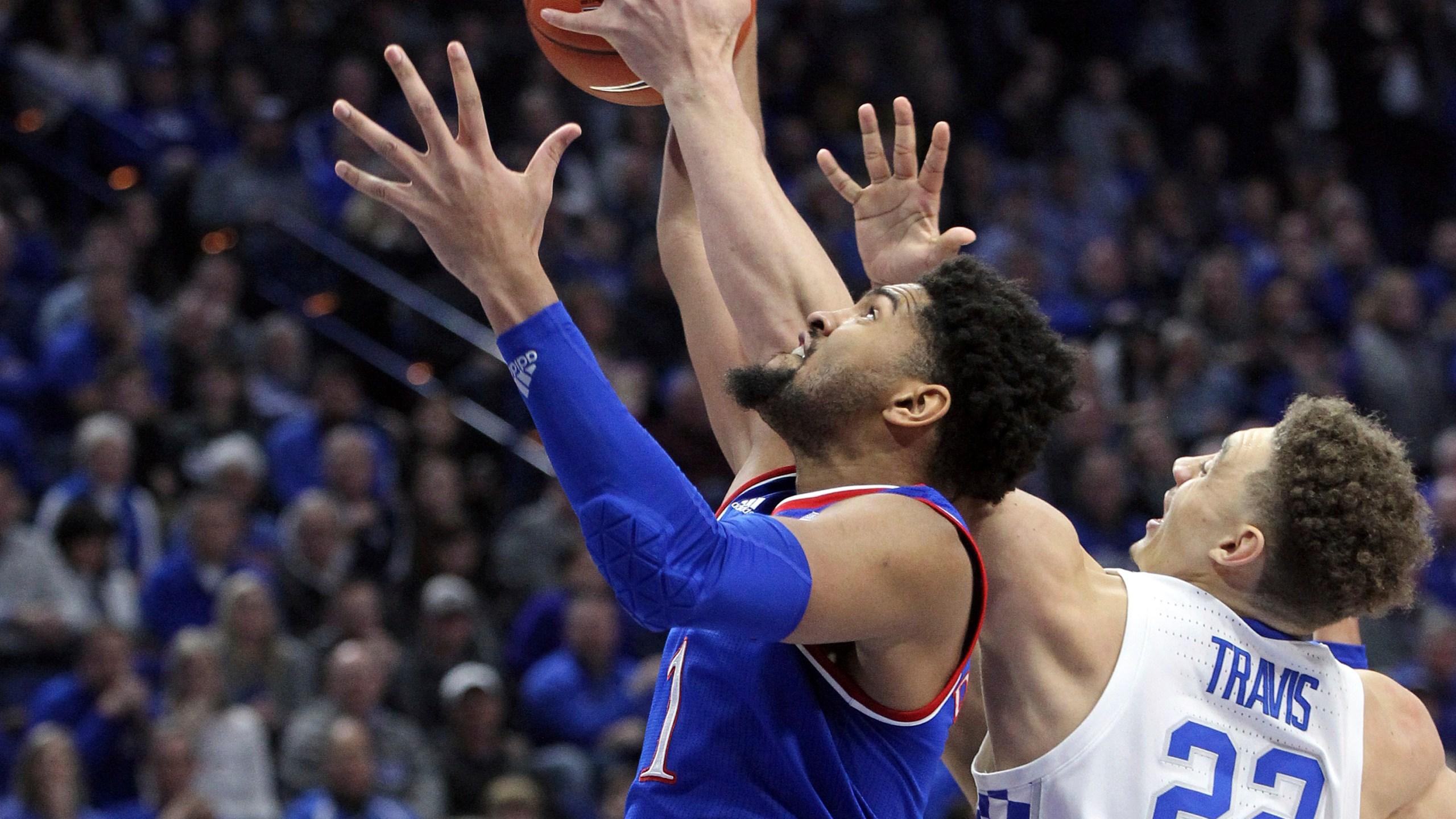 Kansas_Kentucky_Basketball_33516-159532.jpg69243030