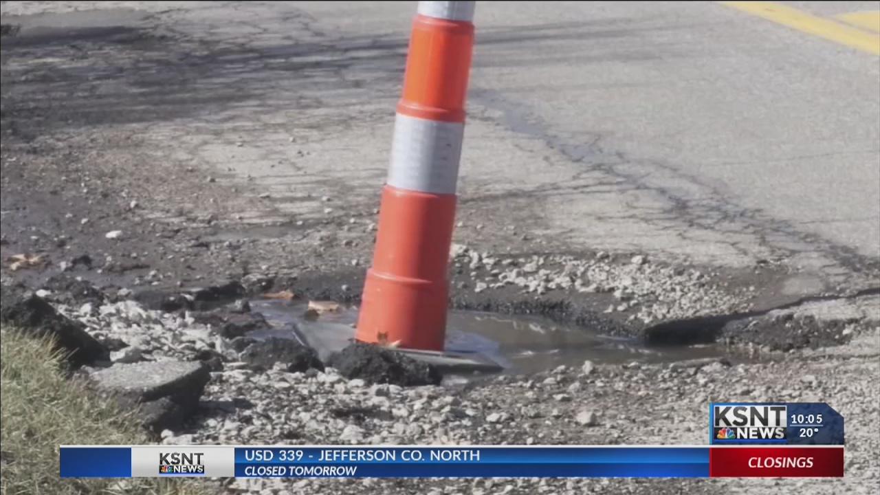 City_of_Topeka_responds_to_pothole_conce_0_20190215041815