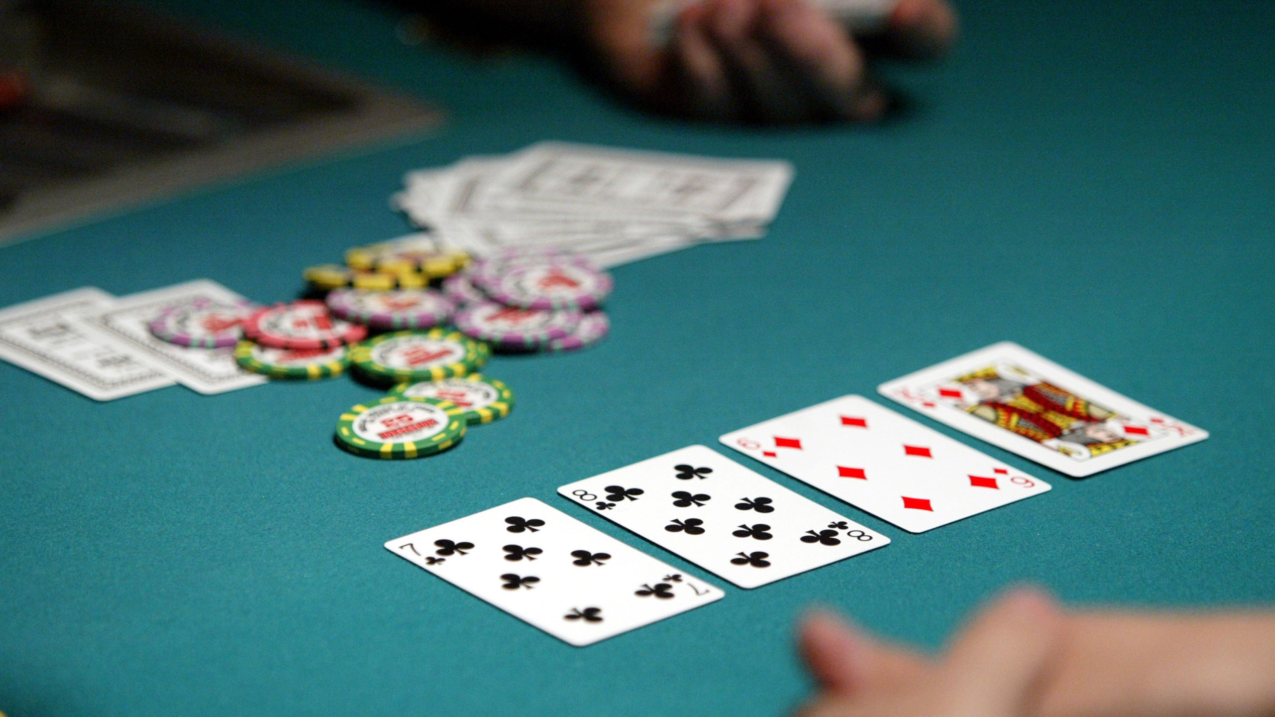 Kansas man pleads guilty to playing illegal poker games