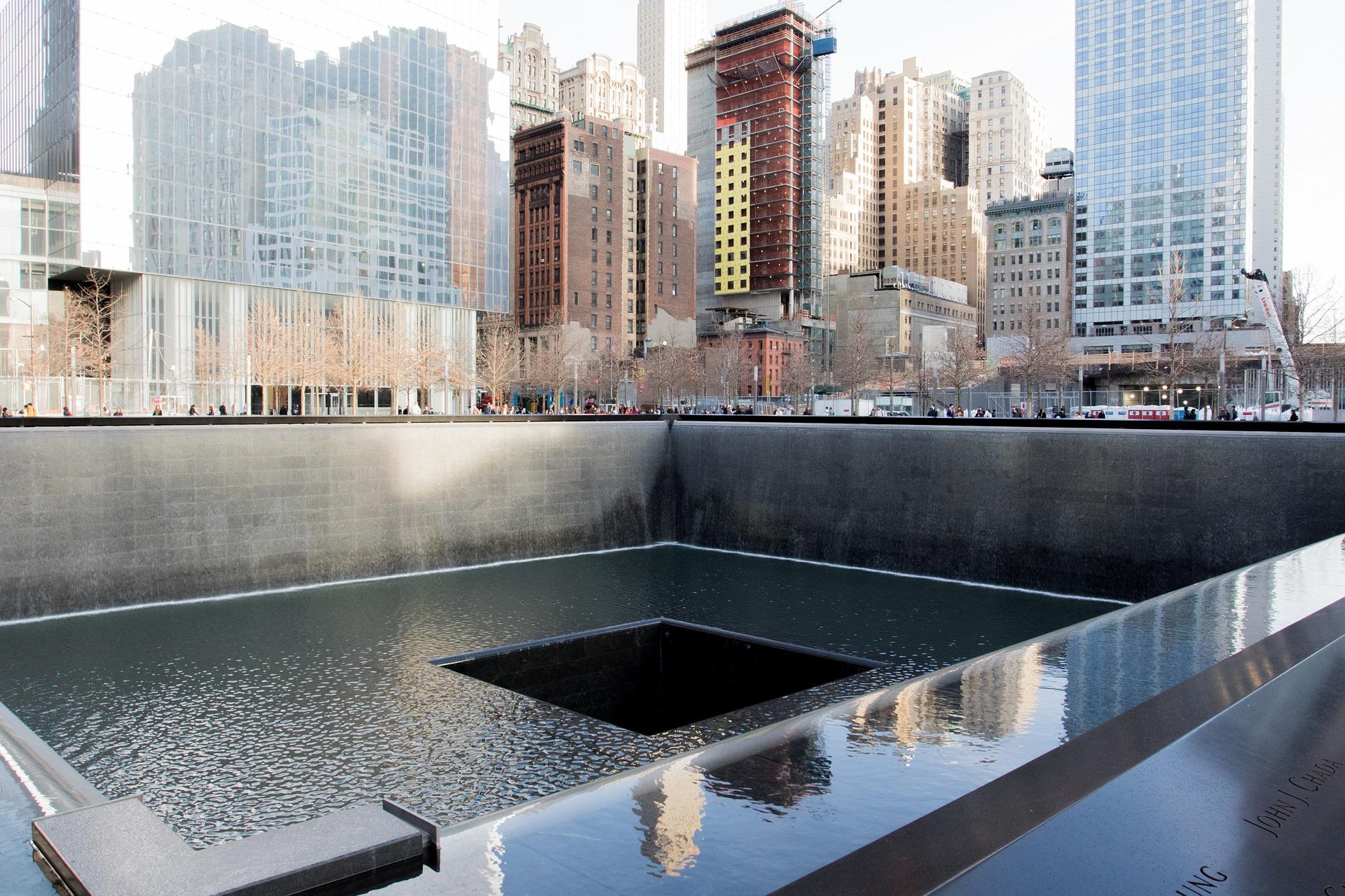 memorial-863327_1920_1560297791085.jpg