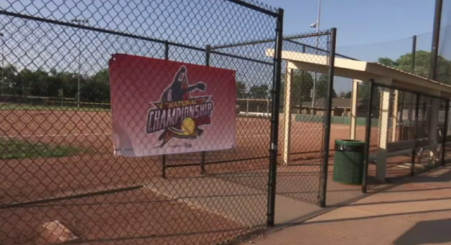 Hundreds of softball players to brave heat in Topeka for championships