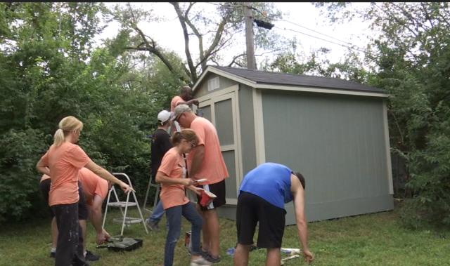 FHL Bank employees volunteer to fix up the Hi-Crest neighborhood