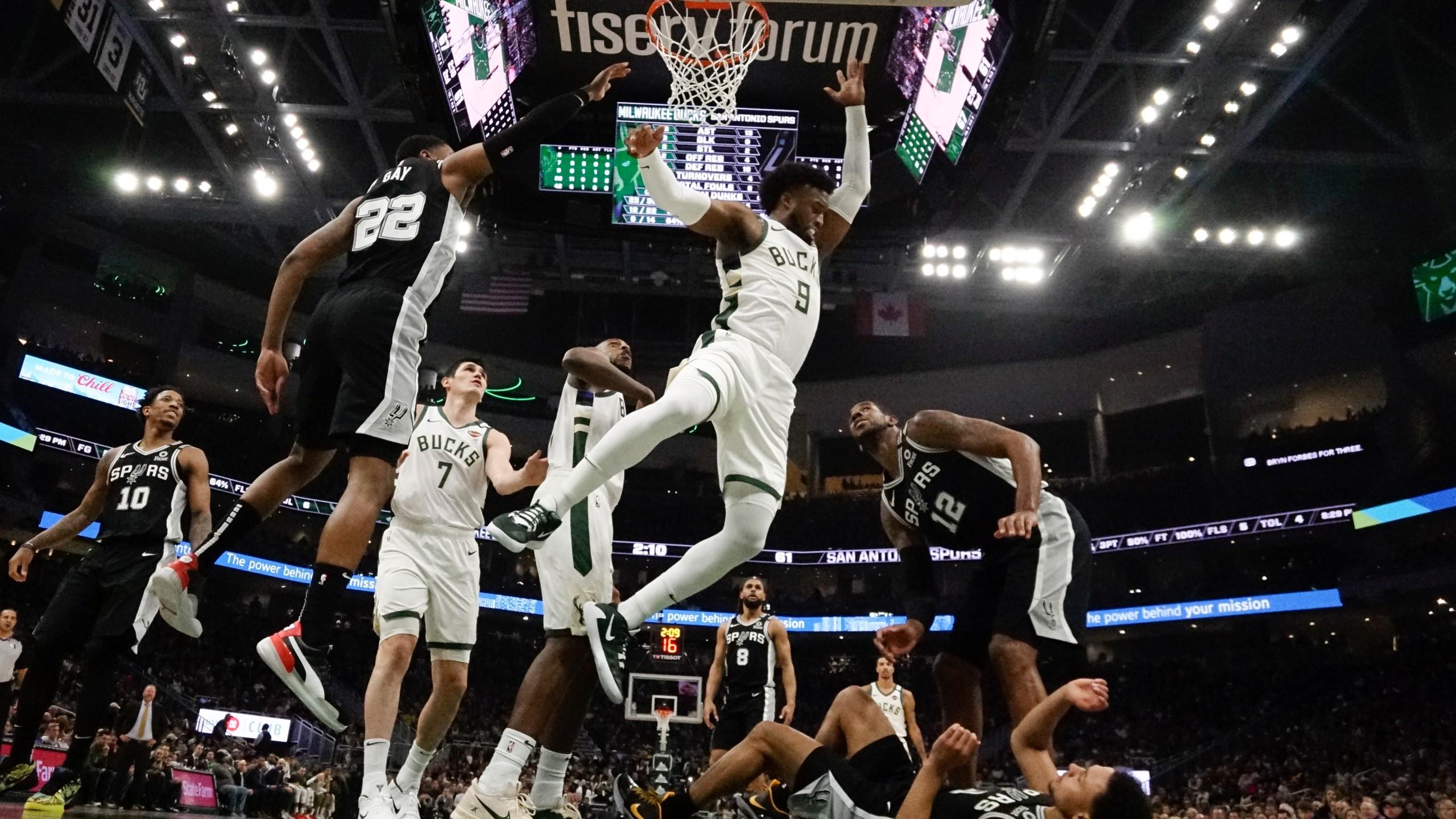Nba Leading Bucks Beat Spurs 127 118 For 5th Straight Win Ksnt News
