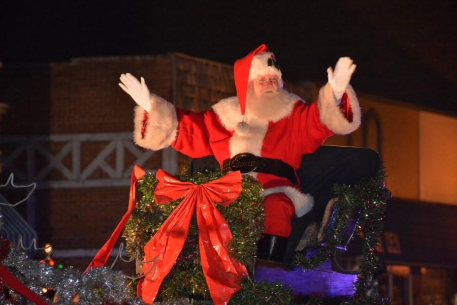 Emporia Kansas Christmas Parade 2020 Ksnt Cheer up, Dude. It's Christmas.' Emporia reverses course of annual