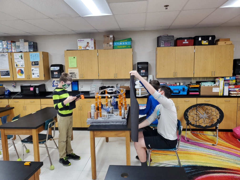 Kansas middle school students compete in Discover-E's Future City Competition