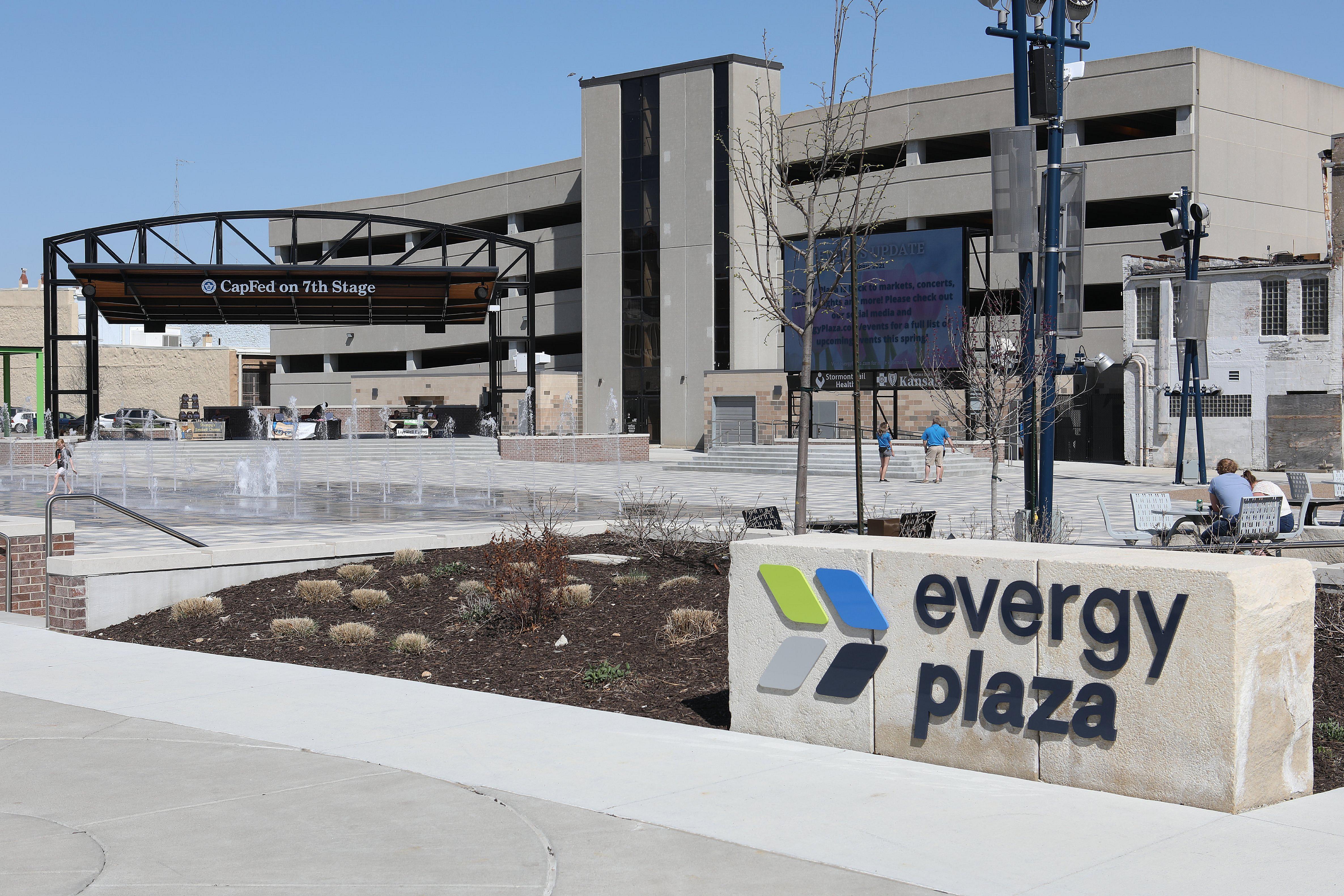 Evergy Plaza's Market Mondays enter third week
